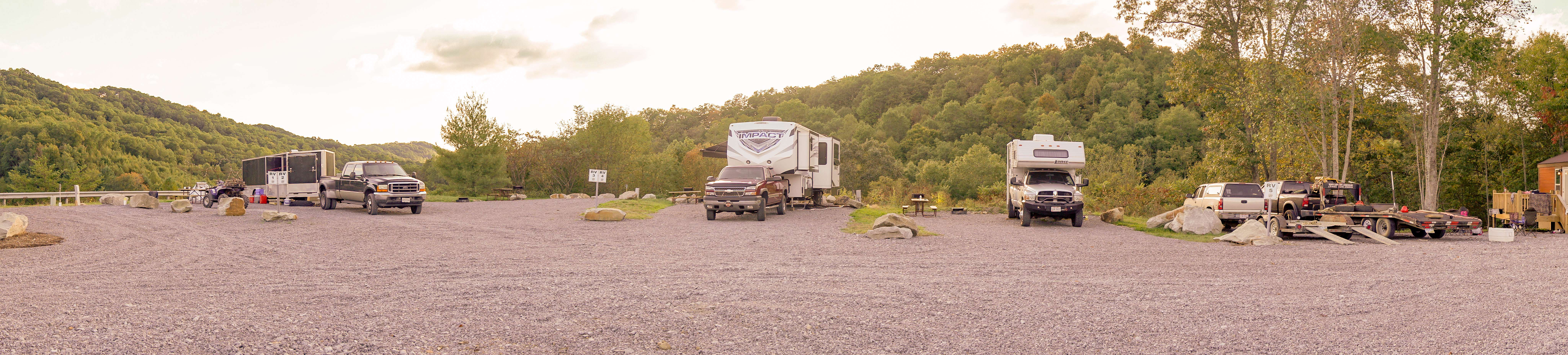 RV-Trailhead Resort Fall